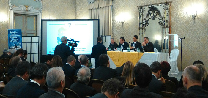 """World Capital al Logistico dell'Anno 2015: """"Italia-Cina: Opportunità Logistiche"""""""